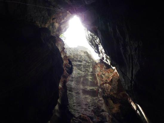 gruta-casa-de-pedra_2